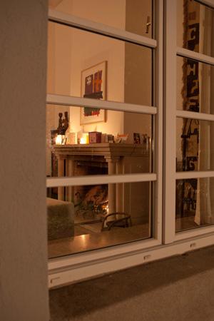 fireplace_window