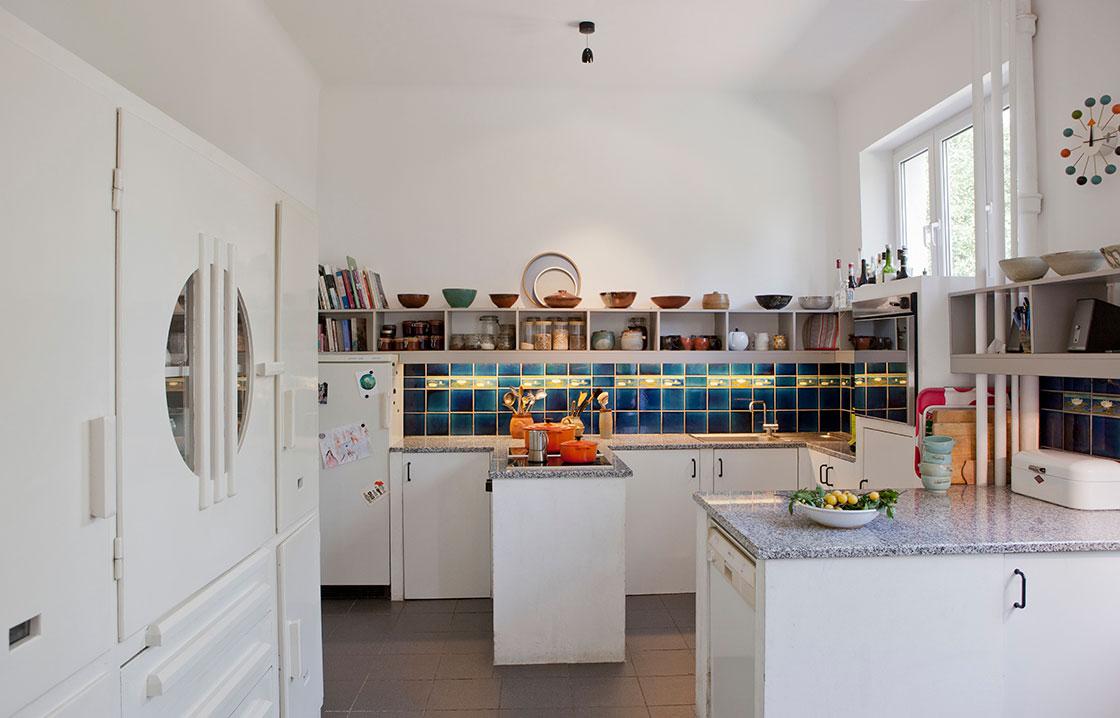 De nombreuses caractéristiques originales de ces deux styles donnent à la maison un caractère unique et chaleureux.